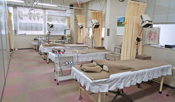 摩訶不思議な稲毛海岸鍼灸治療院の内側