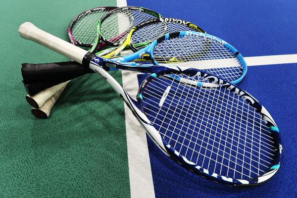 スリクソンとダンロップのテニスラケット